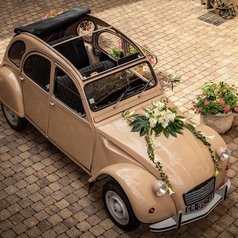 décoration voiture de mariage art floral