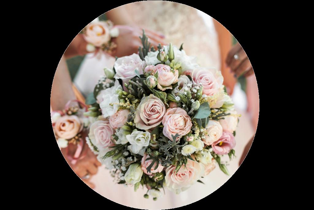 mariage-des-fleurs-pour-une-journée-unique art floral